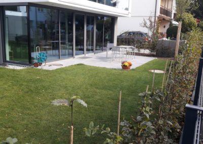 Gartenanlage mit Terrassen in Solln