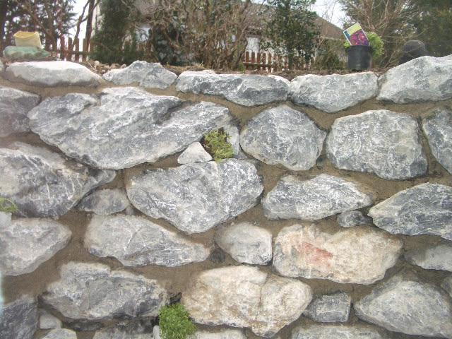 Natursteinmauer-09